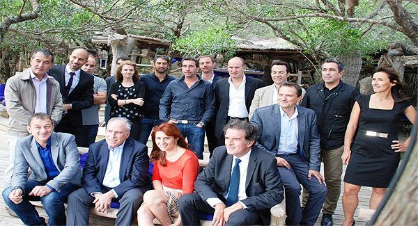 Le FIP Néoveris Corse - Viveris Management réuni à Murtoli autour de Jacques Vitali des dirigeants d'ACG Group et des chefs d'entreprises insulaires soutenus par le Fonds d'investissement régional.