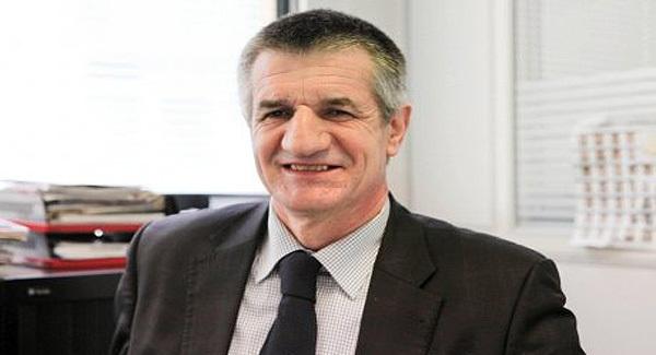 Jean Lasalle, le député du Modem, agressé avant d'embarquer pour Bastia