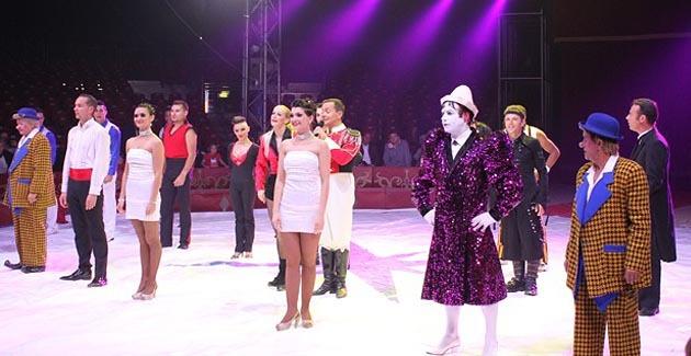 Ce sont 2h30 de pur plaisir que nous offrent cette année encore tous les artistes du festival du cirque. (Photo Lydie Colonna)