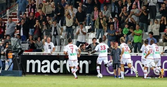Le public de François Coty veut revivre la joie de Lyon (Ritrattu : Gérard Pierlovisi ac-ajaccio.com)