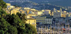 Le Vieux Port, haut-lieu touristique de Bastia.
