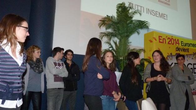 Les  étudiants s'engagent avec Inseme