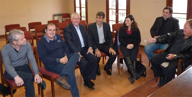 Mauro Vegni (deuxième à partir de la gauche), Jacky Padovani, Pierre Mattei et Henri Angelotti à l'extrême droite
