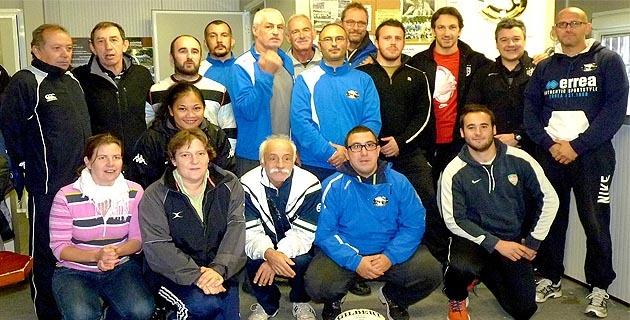 La délégation toulousaine avec les éducateurs de Avvene XV