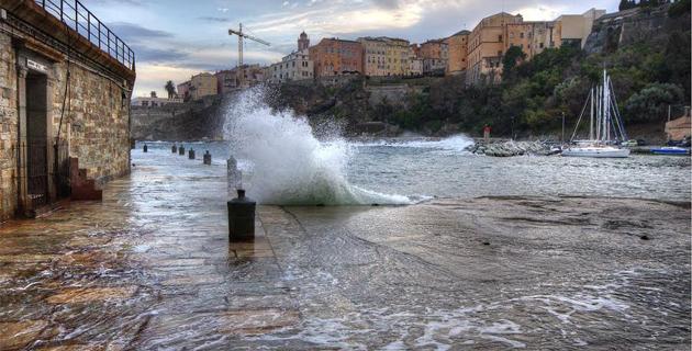 """Bastia : Coup de """"tabac"""" sur le Vieux-Port"""