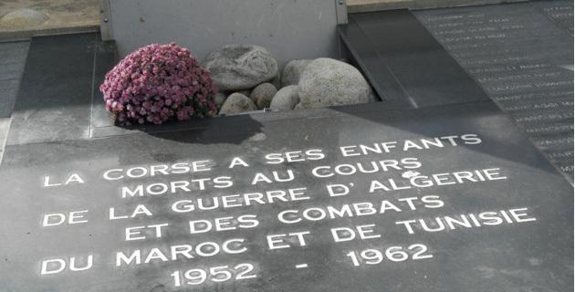 L'hommage aux morts de la guerre d'Algérie et des combats du Maroc et de Tunisie