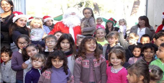 Le Père Noël a débuté sa tournée au Centre aéré de Calvi