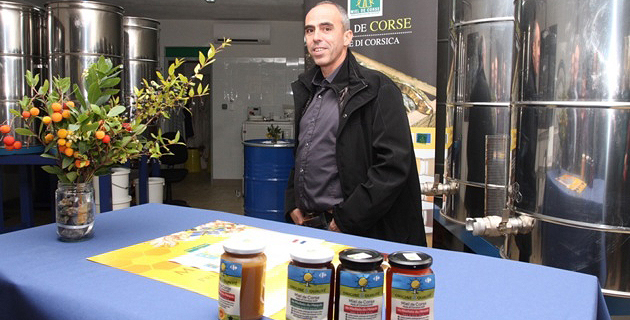 Pierre Torre président du syndicat AOP miel de Corse satisfait de cette grande première partenariale. (Photo SG).