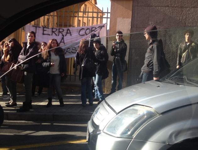Droits de succession : Les lycéens manifestent à Ajaccio