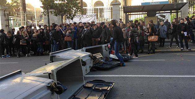 Les jeunes des lycées dans la rue : Pour la défense des droits fondamentaux