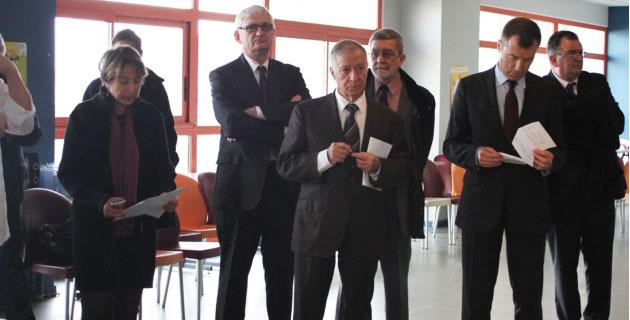 Simon Renuccci entouré de Dominique Acker et Christophe Mirmand