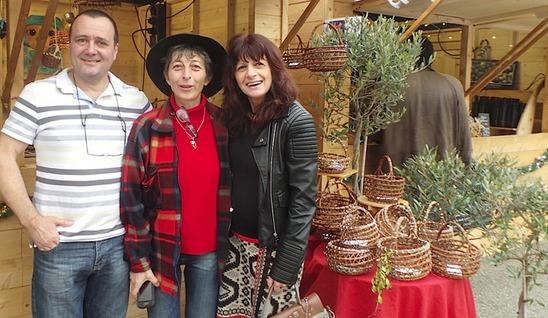 Noëlle au centre lors du dernier mercatu di Natale de Bastia