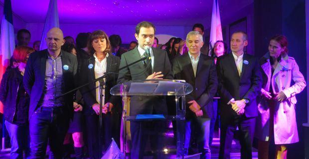 Sylvain, candidat à l'élection municipale de Bastia et les membres de sa liste : Bastia pour les Bastiais.