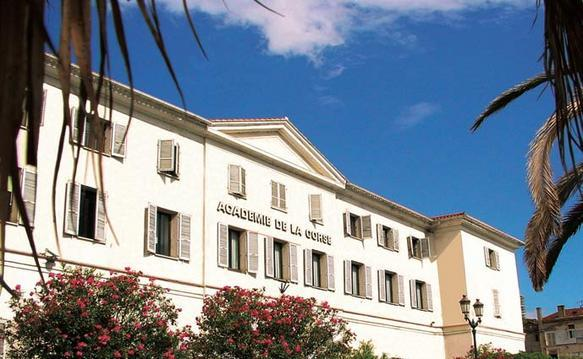"""Un collège """"super ZEP"""" pour l'académie de Corse à la rentrée 2014"""