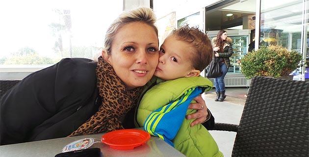 Marc-André (3 ans) né sans avant-bras à Bastia : Sa mère accuse
