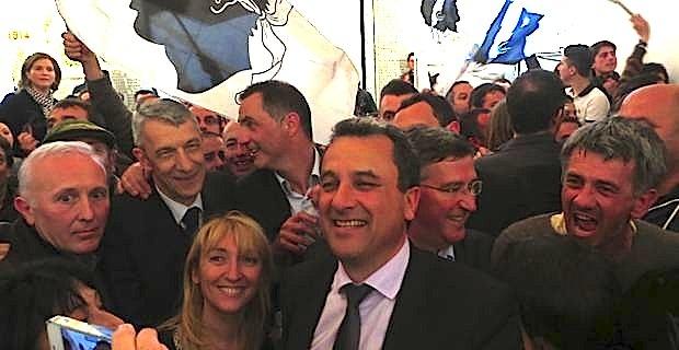 L'union arc-en-ciel nationaliste-libérale-diversgauche, victorieuse à Bastia.