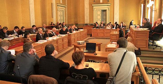 Conseil général de la Corse-du-Sud : Où il est question de civisme…