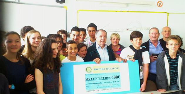 Le Rotary club de Balagne remet un chèque au collège de Calvi