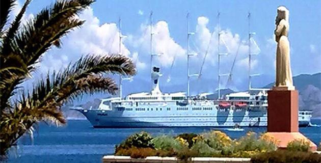 """Quand """"Club Med 2"""" fait escale à L'ILe-Rousse…"""
