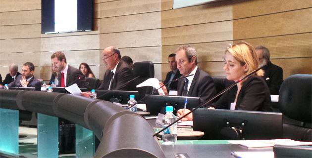 Joseph Castelli, président du conseil général de la Haute-Corse, Alain Rousseau, préfet et Géraldine Morillon-Boffil, nouvelle directrice de la Direccte de Corse