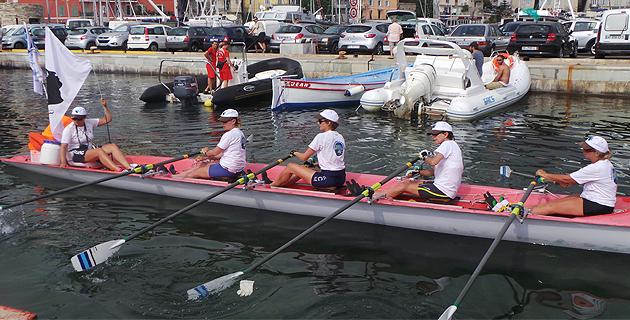 Derniers coups de rame pour l'équipage féminin