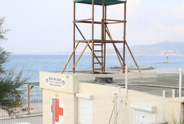 La surveillance de la plage de Calvi assurée par les sapeurs-pompiers