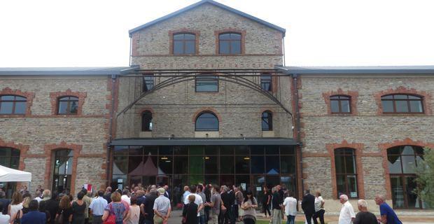 Folelli : Quand l'usine de tanin devient médiathèque