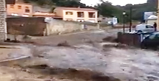 Violent orage sur Sartène : Les rues de la ville transformées en torrents