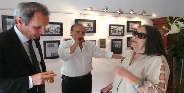 L'heure du thé pour le préfet de Haute-Corse, le président d'Avà Basta et Noëlle Vincensini