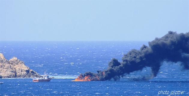 5 blessés dans l'explosion d'un bateau de club de plongée à Calvi