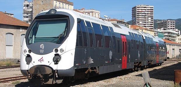 Chemins de fer : Un éboulement à Caporalino. Le trafic interrompu