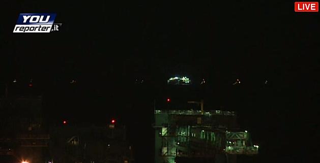 Le Concordia au large du port de Gênes