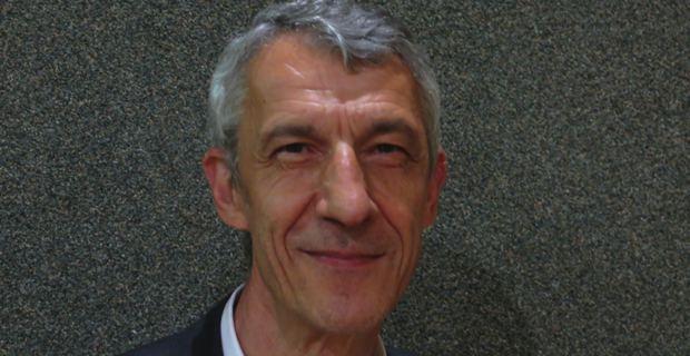 Michel Castellani, professeur d'économie à l'université de Corse, spécialiste de la démographie insulaire, également élu territorial de Femu a Corsica et conseiller municipal bastiais.