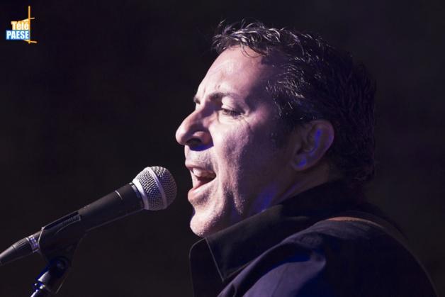L'Isula : Jean Menconi et ses musiciens font le show Piazza Paoli