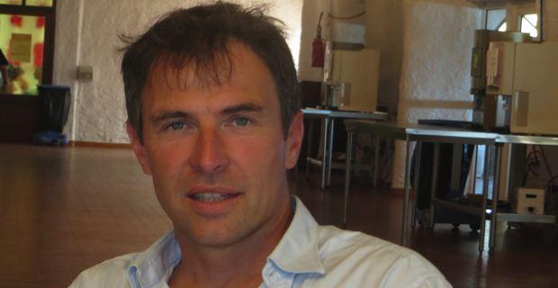 Romain Pasquier, Directeur de recherches au CNRS sur la décentralisation et la gouvernance territoriale en France et en Europe, également professeur à l'institut d'Etudes politiques de Rennes.