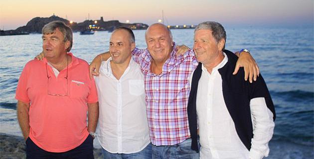 """Jean-Michel Larqué et Bernard Champion à """"Siesta Beach"""" de L'Ile-Rousse"""