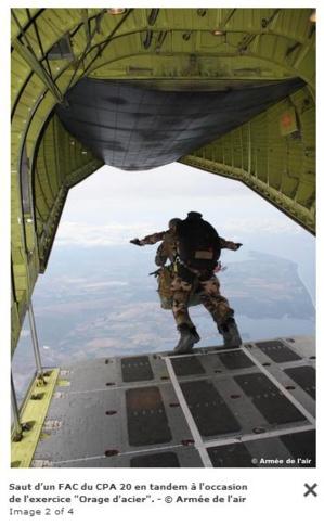 Les commandos parachutistes de l'air en exercice à Calvi
