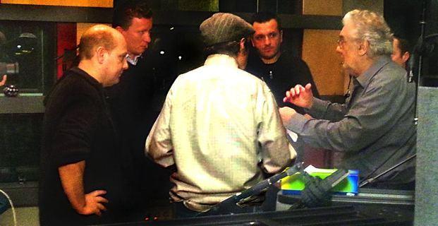 Le groupe Barbara Furtuna en studio à Valencia avec Placido Domingo et, de dos, Robert Sadin.