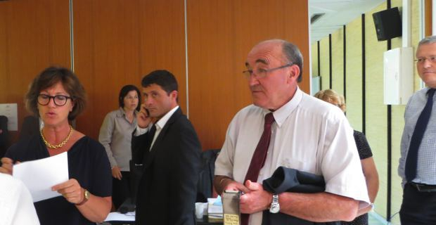 Deux candidats, le maire de Lozzi, Jean-Félix Acquaviva (Femu a Corsica) et le président du Conseil général 2B, Joseph Castelli.