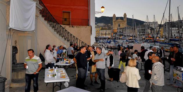 Bastia : Quand les usagers du Vieux-Port font la fête