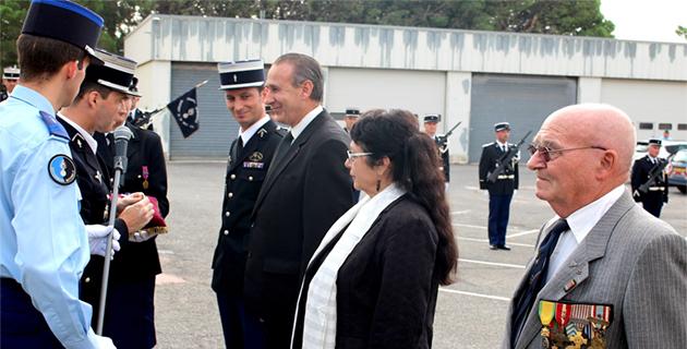 Bastia : Les insignes de la Réserve citoyenne à Ange-Pierre Vivoni