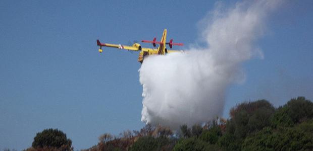 Incendies : Repositionnement de moyens aériens nationaux en Corse