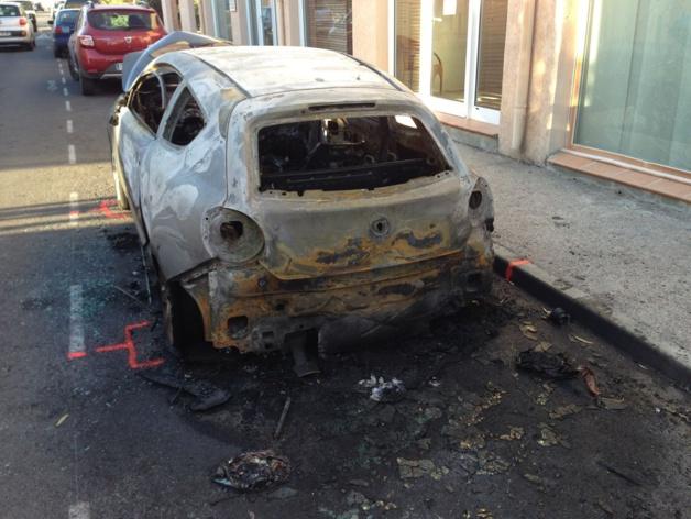 Le véhicule détruit à Calvi appartenait à un couple d'employés de la Société Générale victime de menaces à répétition