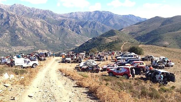 Le 205 Corsica raid sur les routes et les pistes de l'Île