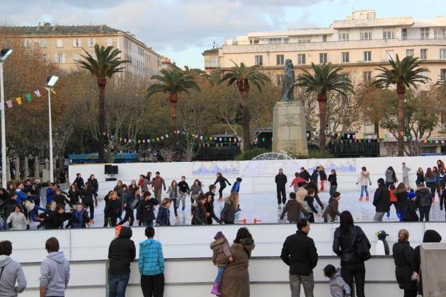 Expression plastique sur les palissades de la patinoire : Appel à projet à Bastia
