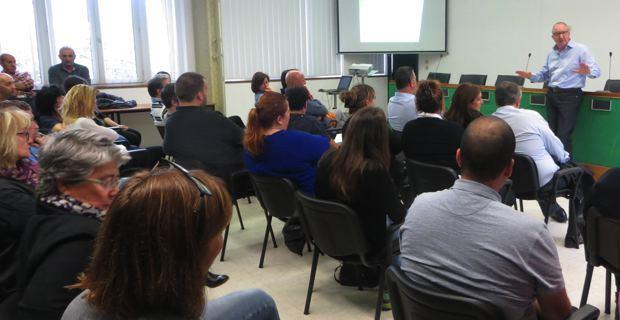 Réunion de crise à la la chambre d'agriculture de Haute-Corse autour de Jean-Marc Venturi, vice-président.