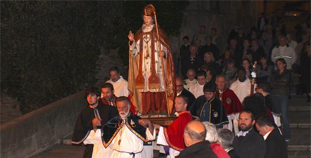 Bastia : Le don, béni, de Stéphane Javier-Stromboni à l'église Saint-Charles
