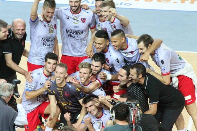 Le GFCA, impérial, domine Izmir en coupe d'Europe !