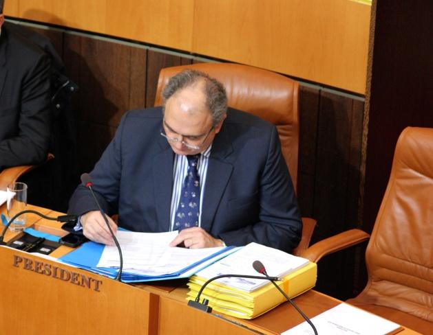 Paul Giacobbi et les prisonniers politiques : « La réponse de l'exécutif gouvernemental n'est pas pleinement satisfaisante »