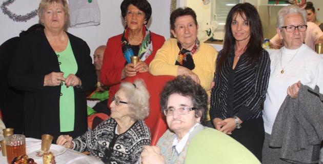 Noël à l'unité de soins de longs séjours du centre hospitalier Calvi-Balagne